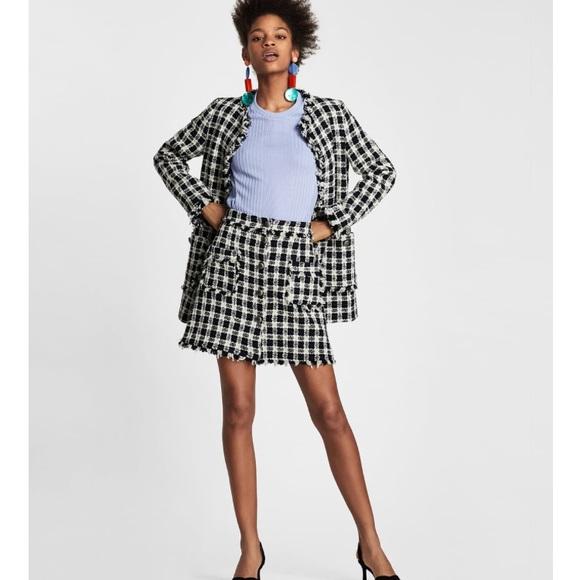 ac3229e3 Zara tweed skirt. M_5ab99c1b9d20f00debae392c